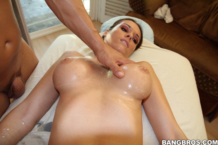 Jennifer Dark Massage